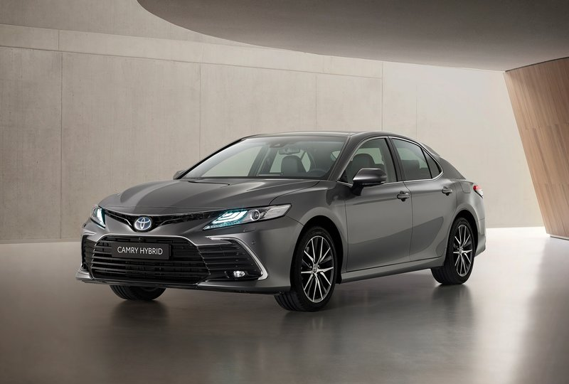 2021 Best Hybrid and Electric Cars